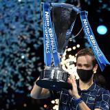 Daniil Medvedev se coronó campeón del ATP Finals ante Thiem