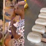 ¡No da risa! 'Influencers' dieron paletas de jabón a adultos mayores