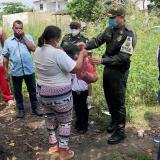 Policía Fiscal y Aduanera entrega mercados en Cartagena