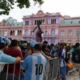 La familia de Maradona pidió que el velatorio público termine esta tarde
