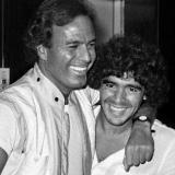 Fotografía subida al instagram de Julio Iglesias, cantante español y amigo de Diego Maradona.