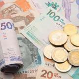 Centrales obreras esperan que el salario aumente un 13,9%