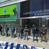 Allanan casa y consultorio del médico de Maradona por posible negligencia