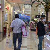 Las ventas presenciales fueron las protagonistas de esta jornada de descuentos.