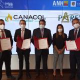 ANH firma cuatro contratos con inversiones por más de USD40 millones