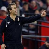 El Sevilla también recuperará para este partido al delantero Carlos Fernández.