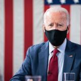 Biden promete 100 millones de dosis de vacuna covid en sus primeros 100 días