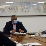 Pablo Milad Abusleme y Reinaldo Rueda durante una reunión en la ANFP.