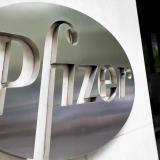 Los primeros camiones comienzan a distribuir la vacuna de Pfizer en EE.UU.