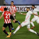 Karim Benzema apuntó dos de los tres goles del Real Madrid.