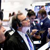 Wall Street cierra sin cambios por miedo a la nueva cepa del coronavirus