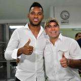Miguel Borja y Alejandro Char cuando se confirmó la contratación del goleador a finales de 2019.