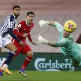Firmino ve una acción de gol irse desviada del pórtico visitante.
