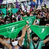 Argentina legaliza el aborto voluntario hasta la semana 14 de embarazo