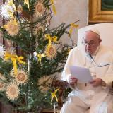 """El papa no presidirá la misa de fin de año por una """"dolorosa ciática"""""""