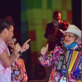 Silvestre Dangond compartió tarima con Aníbal 'Sensación' Velásquez.