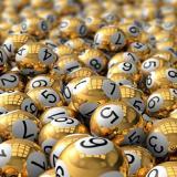 Loterías estadounidenses llegan a 842 millones de dólares