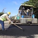Pavimentación Manzanillo del Mar-Punta Canoa avanza en un 62%: Blel
