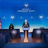 Biden celebra que Trump no vaya a su investidura, pero no pide su destitución