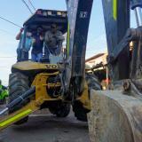 Maquinaria en la calle 9 entre calles 44 y 41A, primer tramo que empezará a intervenirse en Barranquillita.