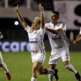 Santos golea a Boca y se clasifica a la final de la Copa Libertadores