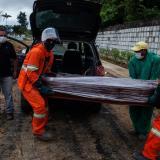 Sin oxígeno, con nueva cepa y cementerios colmados: pesadilla Covid en Manaos