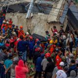 Ascienden a 46 los muertos del terremoto en Indonesia central