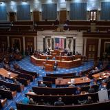 Demócratas enviarán el lunes al Senado cargo para nuevo juicio a Trump