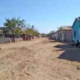 El corregimiento tiene  81 viviendas a lo largo de sus seis calles. Pese a las necesidades se respira tranquilidad.