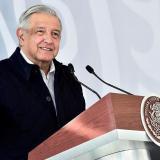 """López Obrador, """"enemigo"""" del tapaboca, entra a lista de presidentes con covid"""