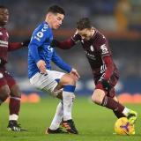 El colombiano anotó en el partido del Everton contra el Leicester.
