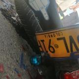 Accidente de tránsito en la vía Juan Mina: un muerto y un herido