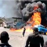 Gigantesco incendio consume camión con gasolina en Maicao, La Guajira