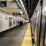 Pánico en metro de Nueva York: ataques a puñal dejan 2 muertos y 2 heridos