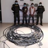 Capturan a dos hombres por robar cables en Santo Tomás