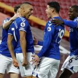 James y el Everton agrandan la crisis del Liverpool