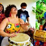 María José García hace parte del grupo  Mujeres del Tambor por la Paz y la Reconciliación.
