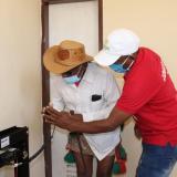 Radios de comunicación son instalados en centros de salud de la Alta Guajira