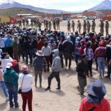 Migrantes buscan otra ruta en Bolivia ante militarización de frontera chilena