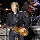 Paul McCartney refleja su vida en un libro con 154 letras de canciones