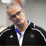 Encuentran muerto en una celda a exentrenador de gimnasia olímpica de EEUU