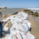 Así luce la erosión costera que se presenta en las salinas de Galerazamba en Santa Catalina.
