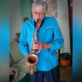 El saxofonista Johnny Sedes tenía 83 años.