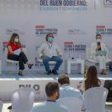Juan Fernando Cristo, Paloma Valencia, Sergio Fajardo, María Alejandra Villamizar y Óscar Montes hicieron parte del primer panel del foro que ahondó en la libertad de expresión.