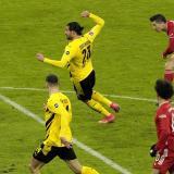 Robert Lewandowski anotó tres goles en la victoria del Bayern Múnich.