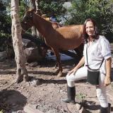 La caficultora Laura Aponte en su finca ubicada en Urumita.