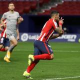 Llorente y Suárez inflan el colchón del líder de España, el Atlético de Madrid