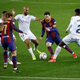 El Barcelona, con Messi estelar, se acerca a la punta de la Liga