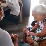 Vacunan a abuela de 103 años de Lorica, Córdoba