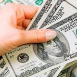 Tras cruzar la barrera de $3.600, ¿hacia dónde va el dólar en Colombia?